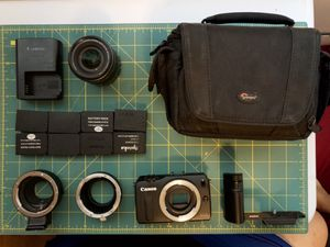 Canon EOS M Full kit for Sale in Santa Monica, CA
