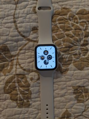 Apple watch series 5 44mm (gps) for Sale in Langhorne, PA