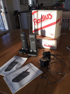 Motorola Radius portable radio set for Sale in Bay City, MI
