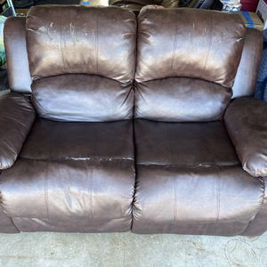 Free Couches and Recliner for Sale in Santa Maria, CA