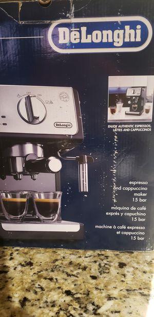 Coffee Maker De'Longhi Espresso/Cappuccino. for Sale in Lake Worth, FL