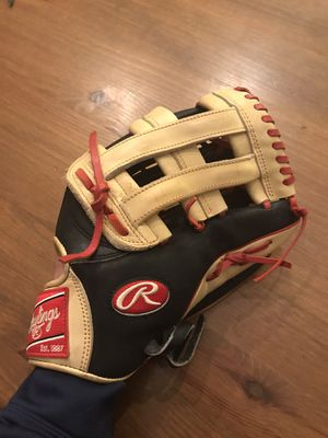 Rawlings heart of the hide baseball glove for Sale in Phoenix, AZ