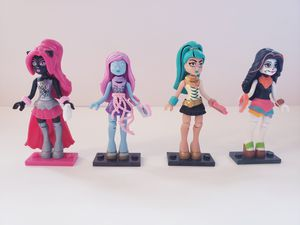 Monster High Mega Bloks Lego Mini Figures for Sale in Orlando, FL