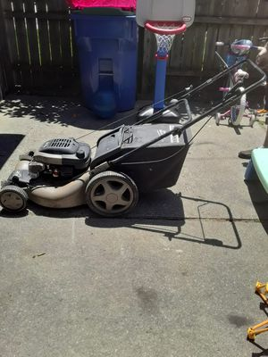 Lawn mower for Sale in Warren, MI