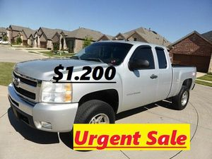 🍁Super Car/Super Offer' 2011 Silverado❗Strong❗🍁!4WDWheelss!🍁 for Sale in East Hartford, CT