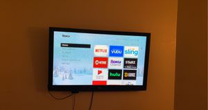 Lg tv with Roku for Sale in Glendale, AZ