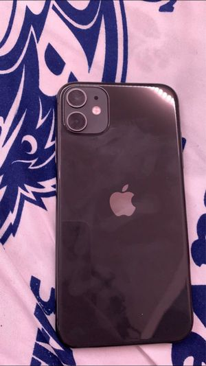 iPhone 11 for Sale in Frederick, MD
