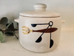 "Vintage kitchen storage crock—dry goods container—5"" tall, 7"" across base—home organizing—made in USA pottery—westbend for Sale in El Cajon, CA"