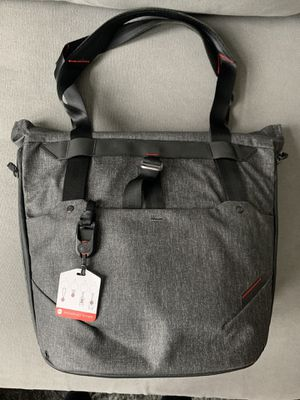 Peak Design Everyday Tote 20L - like new! for Sale in Los Angeles, CA