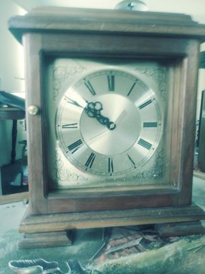 Antique clock for Sale in Maple Heights, OH