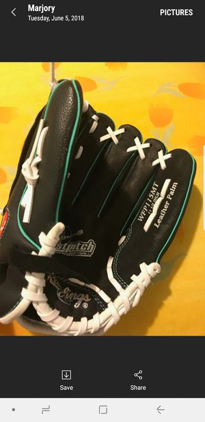 Rawling Baseball glove for Sale in Columbus, OH