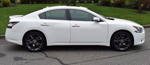 Very Nice 2009 Nissan Maxima SV FWDWheels for Sale in Akron, OH