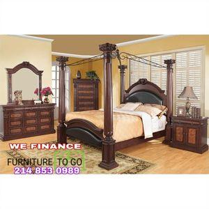 King Bedroom Set for Sale in Dallas, TX