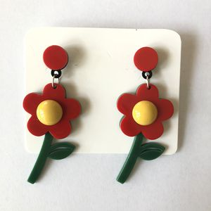 🌻 Cute 60's 70's daisy flower orange, yellow and green earrings - new for Sale in Carlsbad, CA