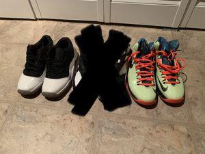 Sneaker bundle GS/Boys size 6.5 for Sale in Philadelphia, PA