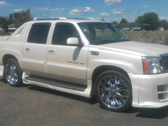 2002 Cadillac Escalade for Sale in Moses Lake, WA