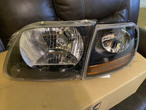 Headlights for Ford F-{contact info removed} $140 for the pair for Sale in Elsa, TX