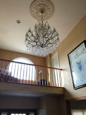 Beautiful Crystal Chandelier for Sale in Lawrence, NY