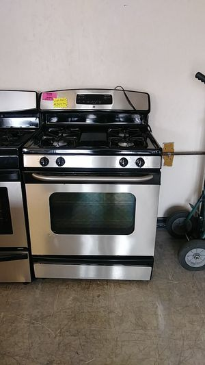 G. E. Stainless Steel gas stove for Sale in Houston, TX