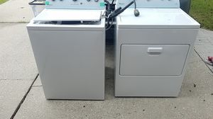 Whirlpool washer and dryer combo for Sale in Atascocita, TX