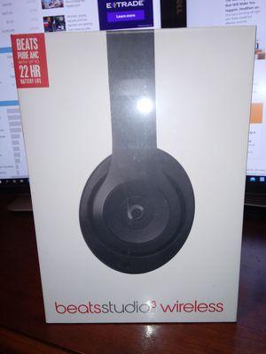 Beats Studio 3 Wireless /Bluetooth / Long battery Life /Amazing sound for Sale in Phoenix, AZ