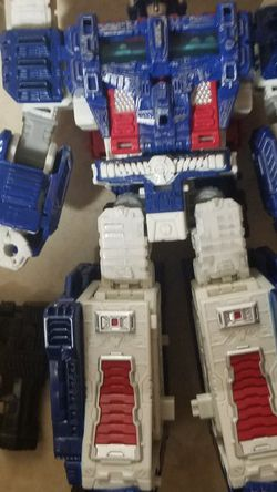 Transformers Ultra Magnus for Sale in Newberg,  OR