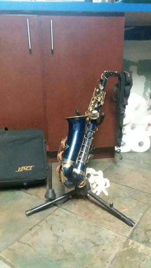 Saxophone vinci alto for Sale in Tampa, FL