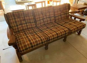 Couch for Sale in San Bernardino, CA