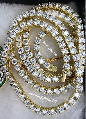 BEST PRICES 🙌 BETTER QUALITY 👏, CHECK US OUT ON INSTAGRAM @Jewelryplug305 WE DELIVER AND DO SHIPPING ,High Quality Plated Jewelry Looks real 💯 for Sale in Miami, FL
