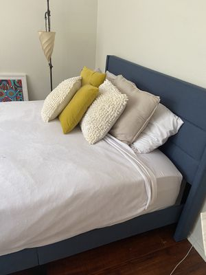 1 month old bed frame, mattress, and Lucid mattress like new for Sale in Los Angeles, CA