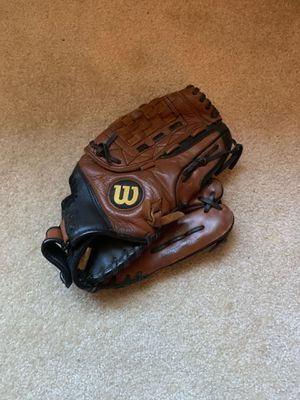 Wilson Leather Baseball Glove for Sale in FX STATION, VA