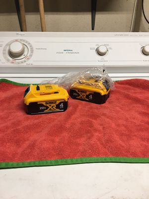Dewalt new 4.0 XR lithium batteries firm price no offers for Sale in Lemon Grove, CA