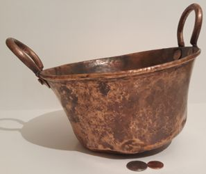 "Vintage Antique Copper Pot, Pan, Planter, Cookware, 10"" Wide and 9"" x 4 1/2"" Pan Size"", Very Heavy Duty Quality, Kitchen Decor, Hanging Display, Shelf for Sale in Lakeside,  CA"