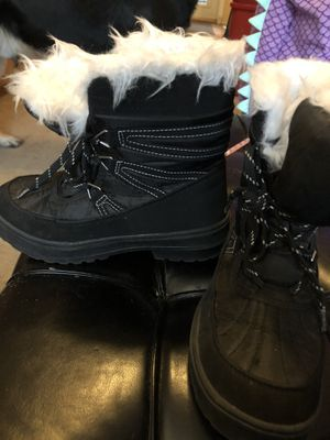 Kids snow boots for Sale in Puyallup, WA