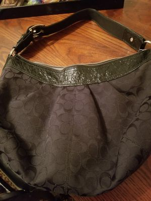 Coach hobo bag (Authentic) for Sale in San Diego, CA
