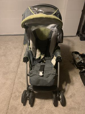 Matching Chicco stroller, car seat, and two car bases. for Sale in Peoria, IL