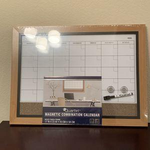 (Orig $30) quarter famed magnetic combination calendar for Sale in Lakewood, CO