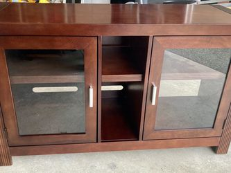 Mahogany Armoire / TV Stand for Sale in Lynnwood,  WA