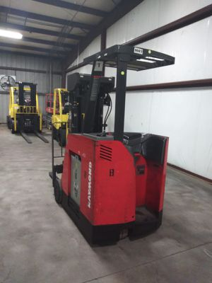 2008 Raymond 3000 lbs capacity forklift for Sale in Houston, TX