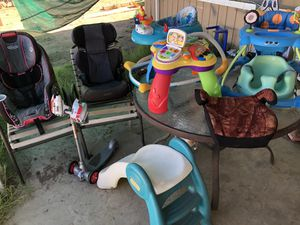 Car seats , Bumbo and more for Sale in Homeland, CA