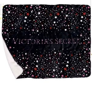 "Victoria's Secret Starry Sherpa Blanket  Brand new. 100% Authentic. Faux fur on one side, plush on the other. Softest Blanket ever! 50""W x 60""L for Sale in Whittier, CA"