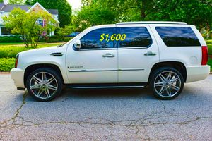 💲✮Suv2008 Cadillac CLEAN🍀TITLE,👍🆕Drives excellent$1.600🙏🏼🎁✨ for Sale in Orlando, FL