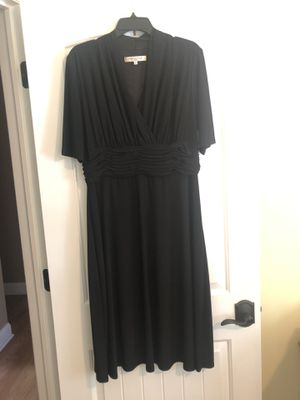 Black dress, size 16 for Sale in South Plainfield, NJ