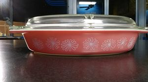 Vintage Pink Daisy PYREX 1.5 quart Divided Casserole for Sale in Chesapeake, VA