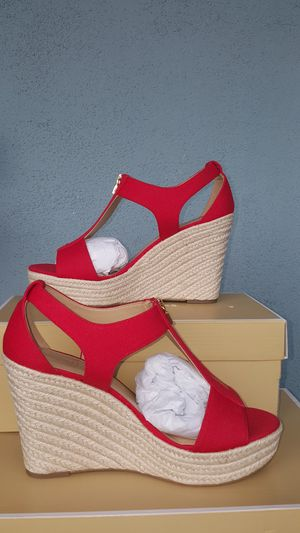 New Authentic Michael Kors Women's Wedges Size 8.5 ONLY for Sale in Montebello, CA