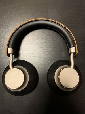 Bluetooth headphone for Sale in Edwardsville, IL