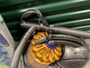 Dyson DC39 vacuum for Sale in Cypress, CA