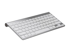 APPLE wireless, bluetooth keyboard. Hardly used. Like new. 50 OBO for Sale in Sunnyvale, CA