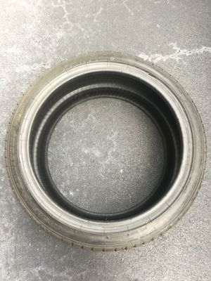 One Used Sumitomo 245/40/19 Tire Very Good Condition! for Sale in Lake Worth, FL