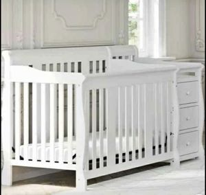 Crib with changing table for Sale in Dearborn Heights, MI